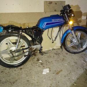 Käytetyt moottoripyörät/aihiot